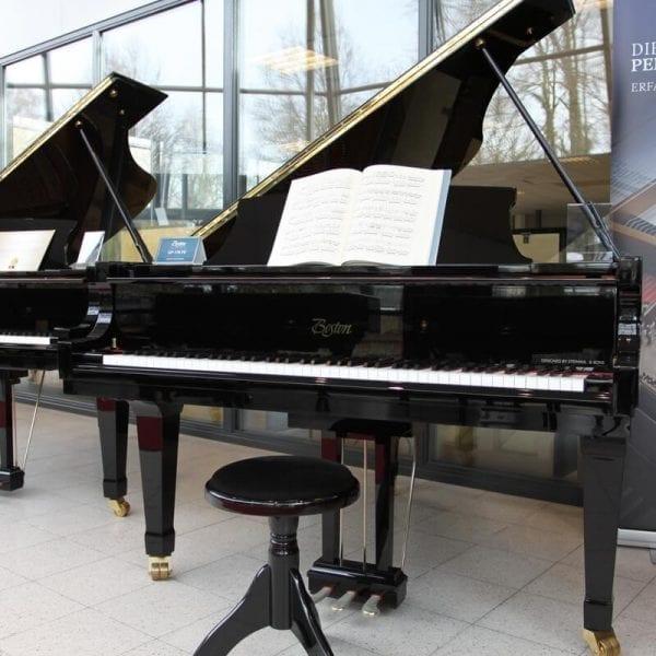 Boston GP173   Schumer Piano's & Vleugels