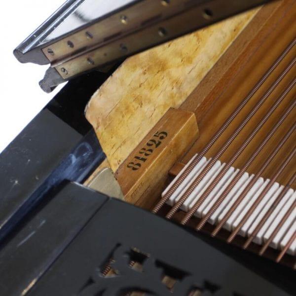 Errard piano binnenkant   Schumer Piano's & Vleugels