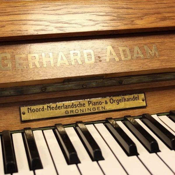Gerhard Adam piano   Schumer Piano's & Vleugels