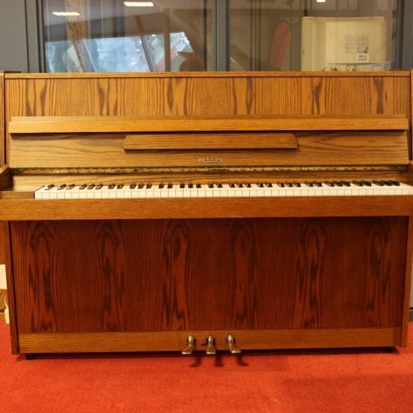 Hellas eiken piano   Schumer Piano's & Vleugels