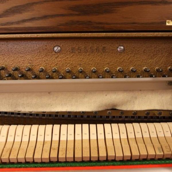 Hellas eiken piano | Schumer Piano's & Vleugels