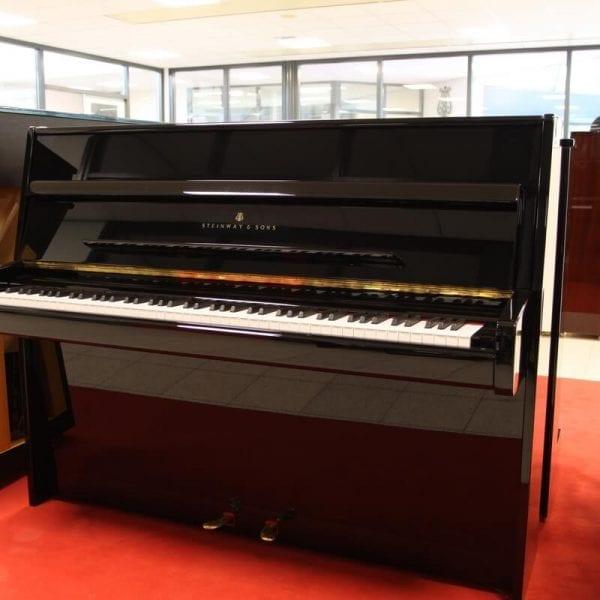 Steinway & Sons Z 1 | Schumer Piano's & Vleugels